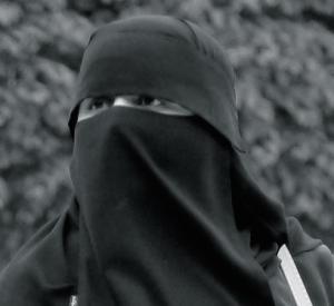burka-117519_1920
